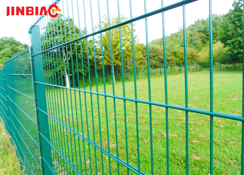 Double Weft Wire Safety Fence direct 868 / 658 2d double wire mesh fence