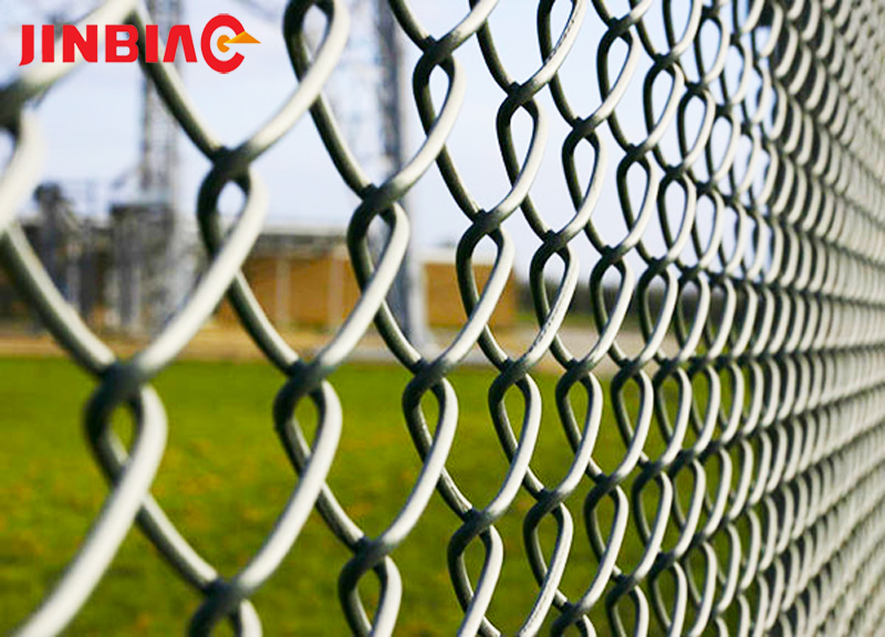 High quality pvc coated sports ground chain mesh fencing chain link fence