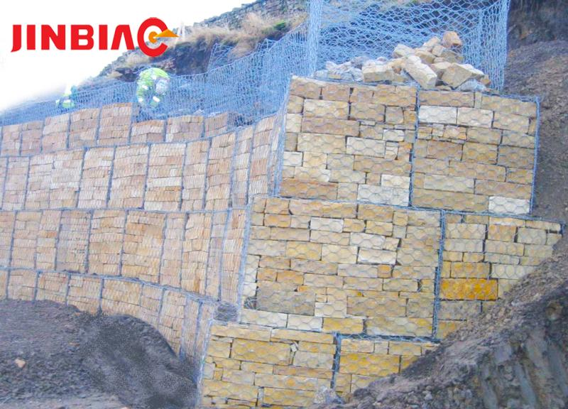 Low carbon PVC coated hot dipped galvanized China gabion containment price