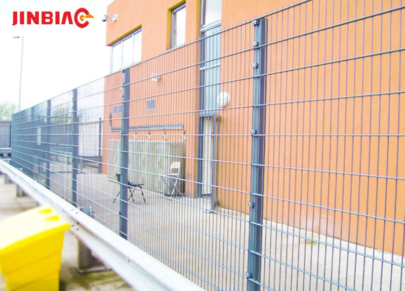 Hebei 30 year factory low price double wire metal mesh, 868 and 656 galvanized welded wire fence jinbiao