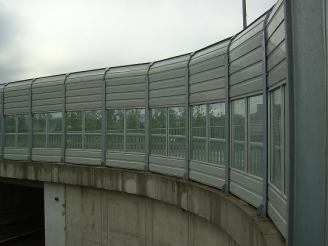 What should I pay attention to when designing bridge sound barrier load insulation?