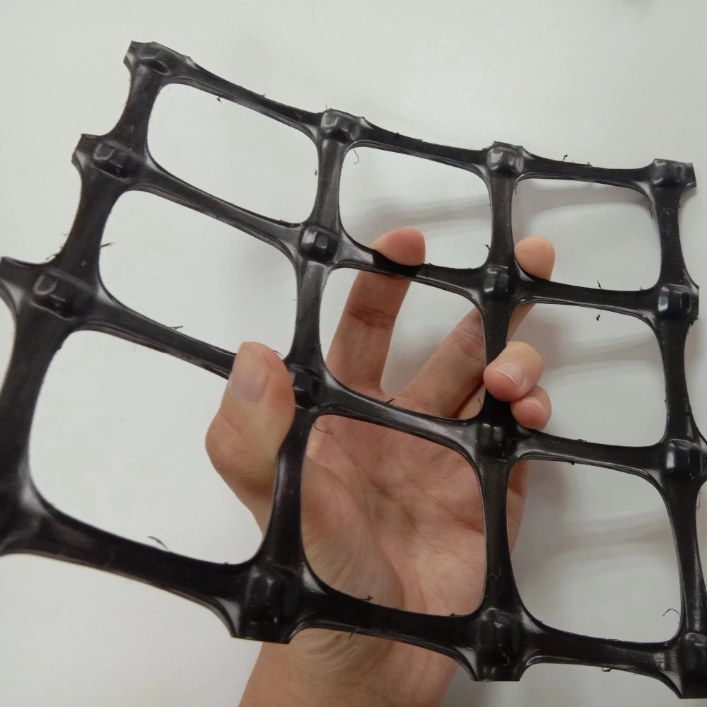 Plastic geogrid/ false top protection net for underground coal mine